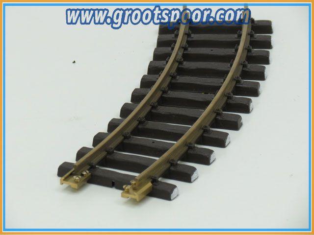 LGB 11000 Gebogenes Gleis, R1,30 Grad, Met schroefbare railverbinders