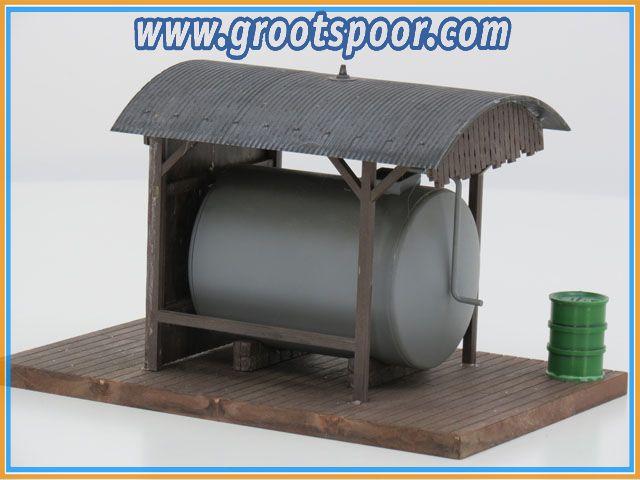 POLA 330983 Diesel Tank gebouwd model