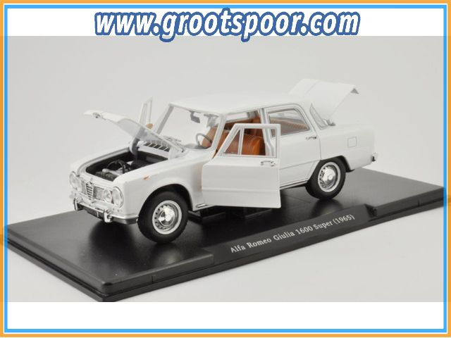 GSBROatl00015 Alfa Romeo Giulia 1600 Super 1965 Wit