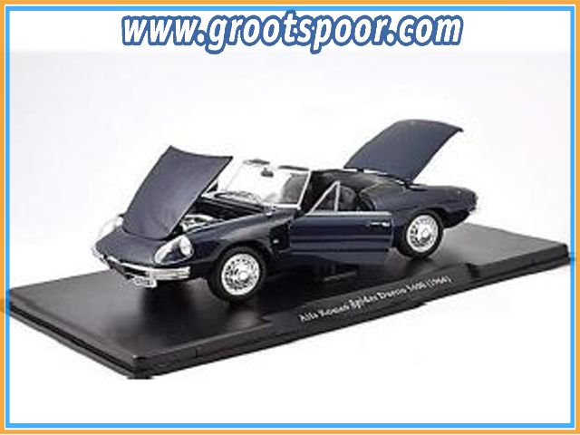 GSBROatl00020 Alfa Romeo Spider Duetto 1600 1966 Blauw