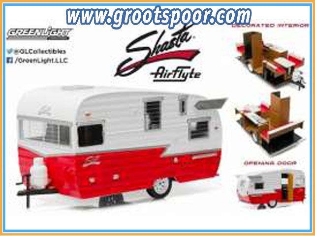GSDCCgl 00018225 1961 Shasta Airflyte, white/red