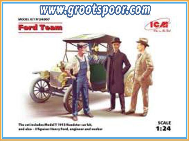GSDCCicm 00024007 1913 Model T Roadster + 3 Figures Henry Ford & Co, plastic modelkit