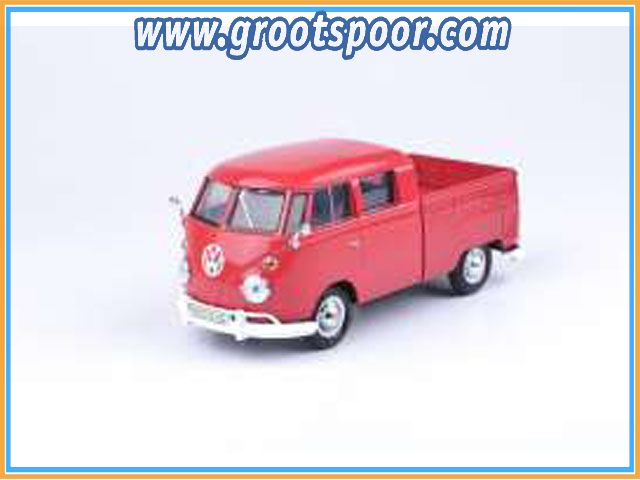 GSDCCmax00079343r Volkswagen Type 2 (T1) Pickup, wax red