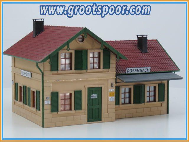 PIKO 62040  Bahnhof Rosenbach gebouwd model