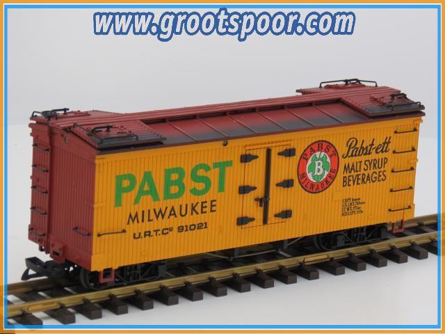 LGB 4074 Pabst Boxcar