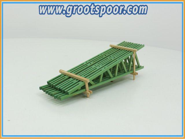 DUHA GREEN WOODEN PLANKS