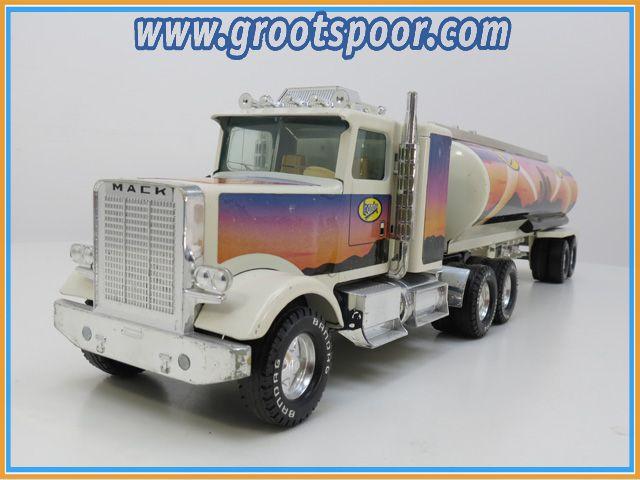 Nylint Tanker Truck +- 1:18 Bandag