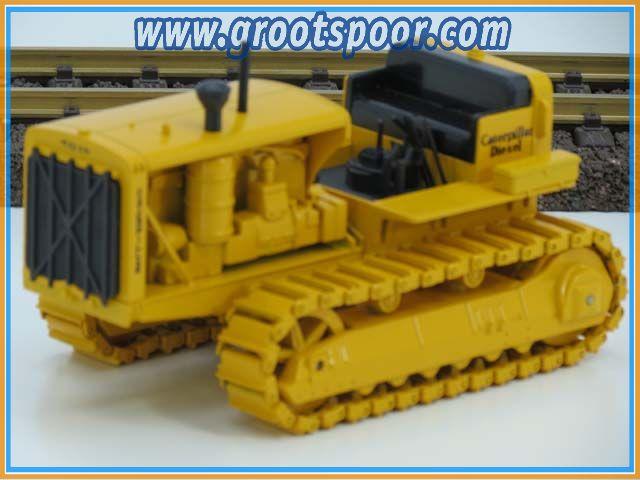 NZG-Modelle 1:25 399 Caterpillar RD 8 Planierraupe