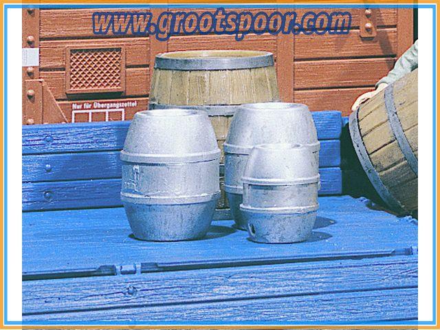 POLA 333202 4 Bierfässer