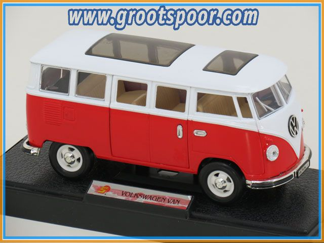 Superior Collectibles Volkswagen Van 1:24